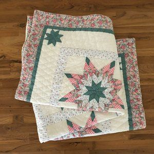 ARCH QUILTS Star Pastel Pink Green Floral Quilt